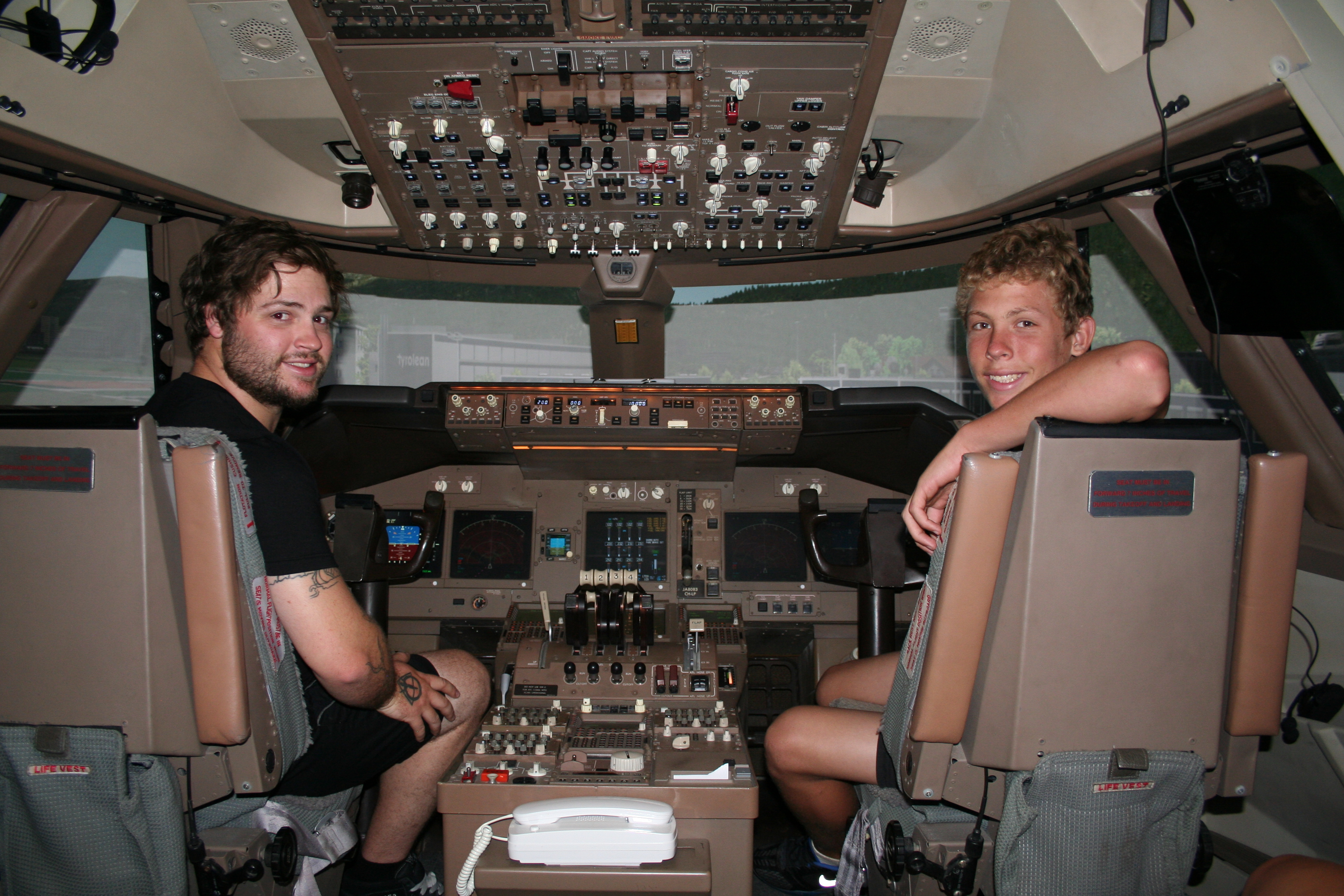 747 JUMBO JET SERIOUS FUN-30 MINUTES